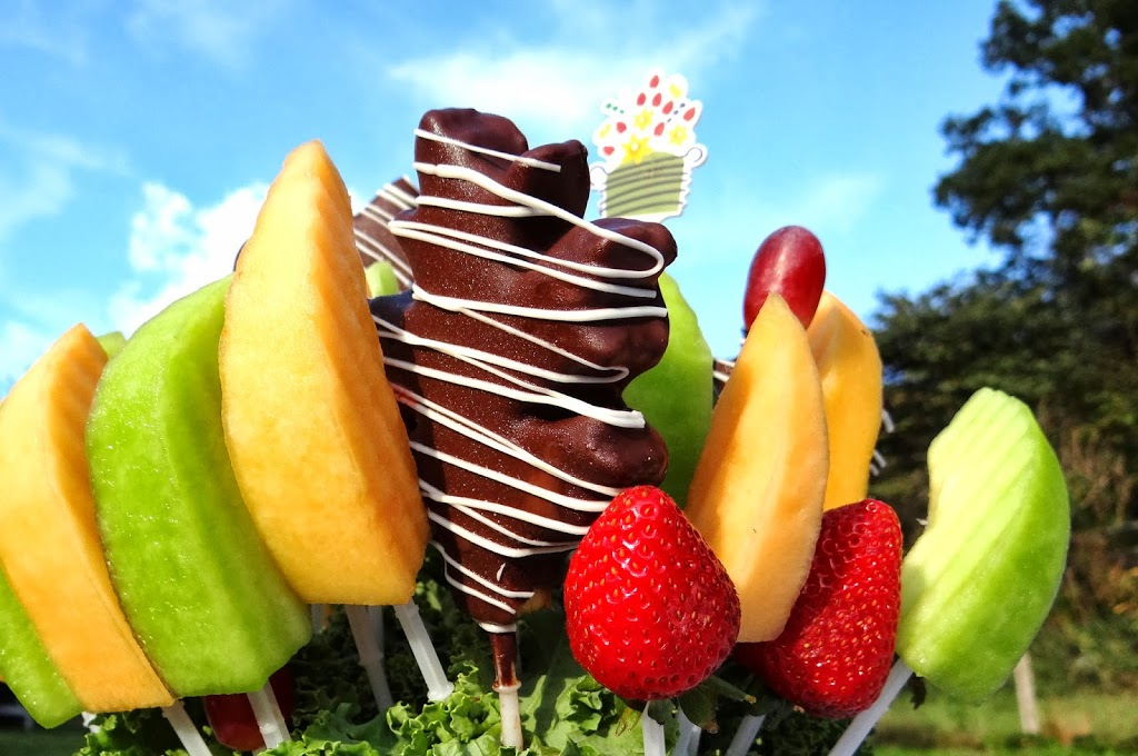 Edible Arrangements Delivers Fresh Fruit And Fall Fun To