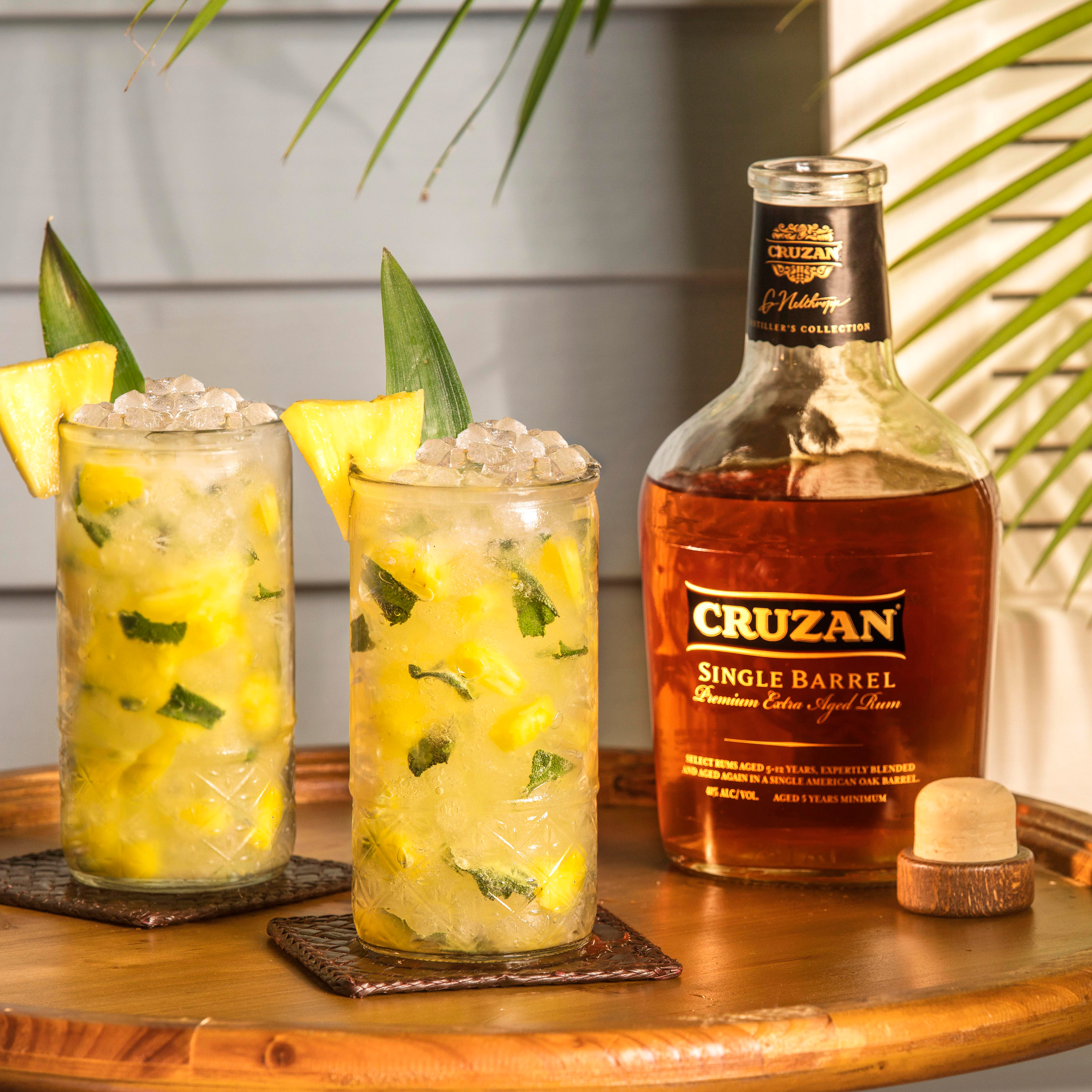 Pineapple Crush - 11 Cinco de Mayo Cocktail Recipes You Need to Try