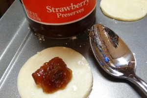 PBJ Sugar Cookie Sandwiches #holidaytips | #Recipe inspired by Smuckers Uncrustables