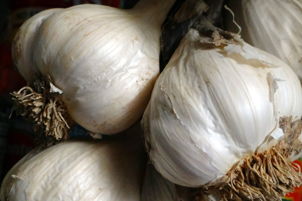 5 Reasons You Should Add More Garlic to Your Diet