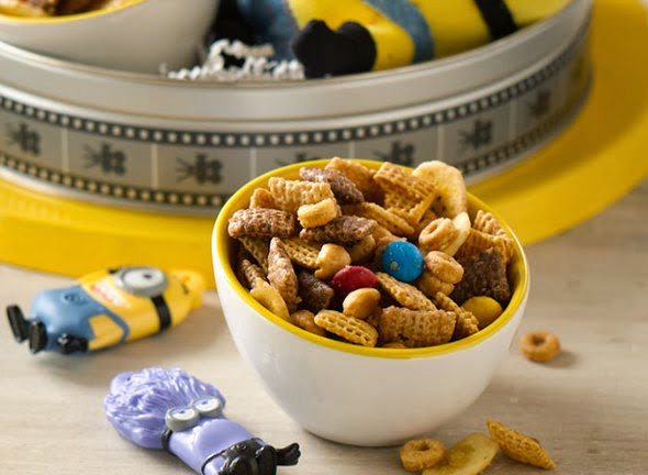 Minion Munch Chex Party Mix #Recipe - Despicable Me 2 Movie Night