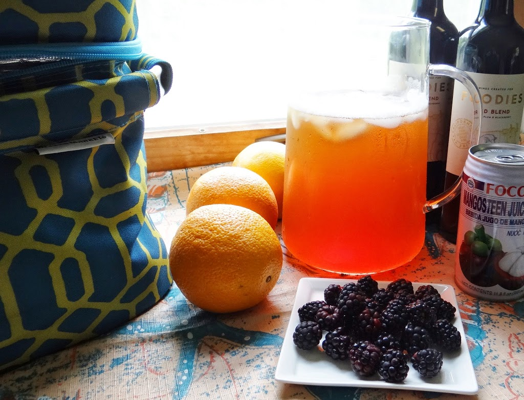Mangosteen Blackberry Summer Tea Sangria #Recipe #SummerGetaway