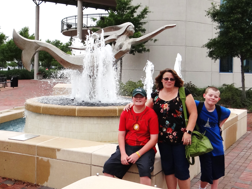 5 Reasons You Should Plan To Hang Out in the City of Mermaids #Family #Travel | Norfolk Virginia
