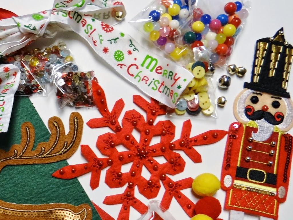 Why We Love Mr. Micknit's DIY Stick-On Holiday Patch Kits #DIY #crafts