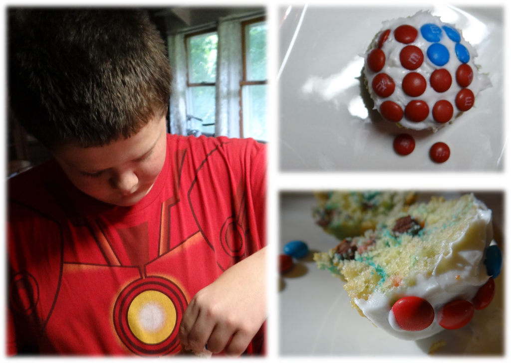 Quick & Easy Captain America Movie Night M&M Snack Recipes #HeroesEatMMs #CollectiveBias #shop