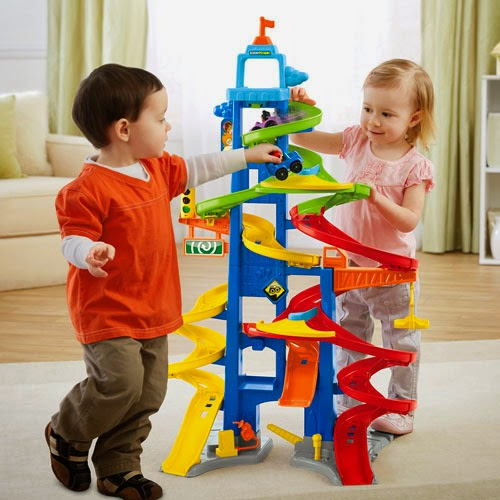 Fisher-Price Little People City Skyway #ChosenByKids | Hot Toys For The Holidays