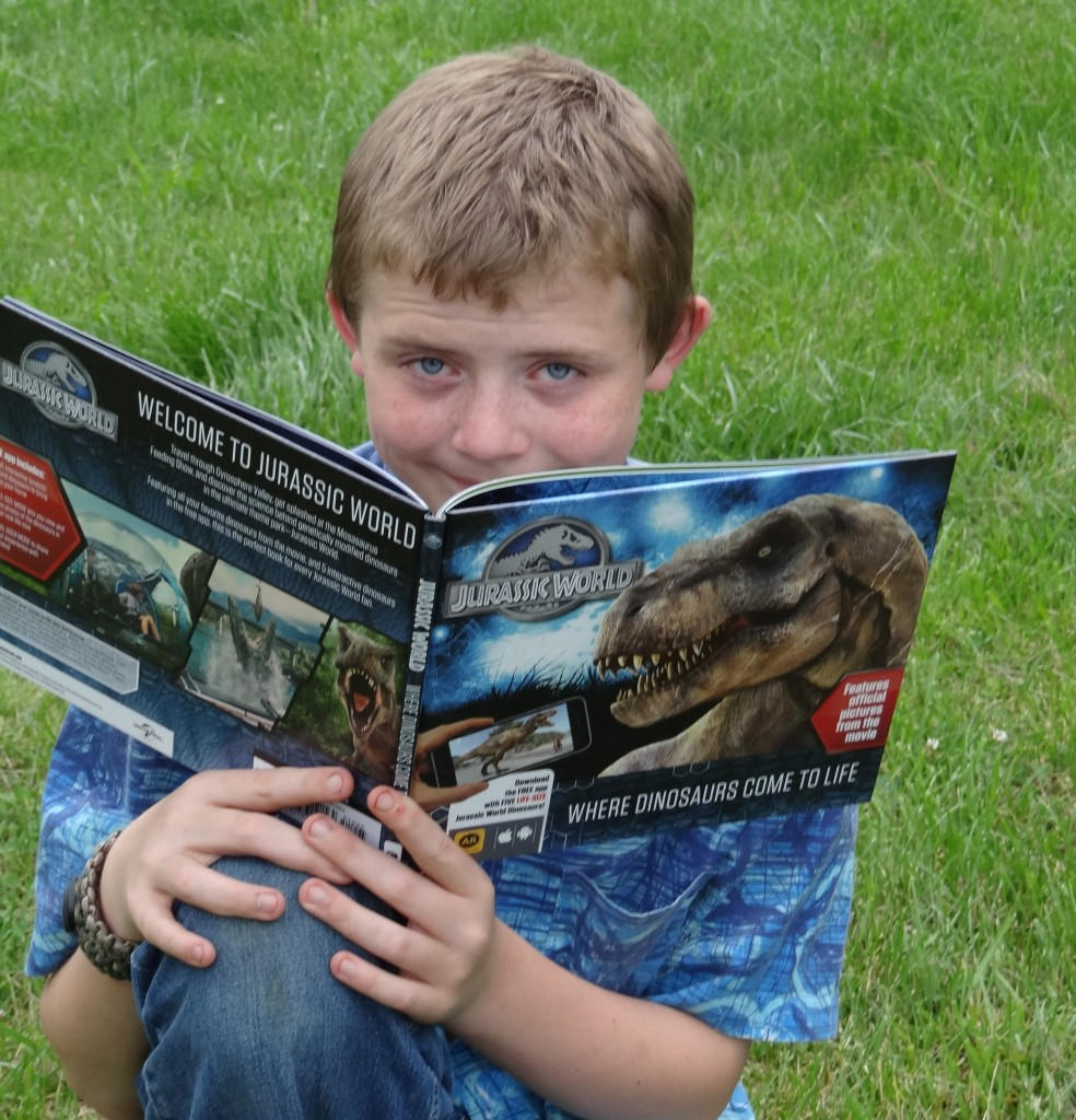 Jurassic World Toy and Book Giveaway #TeamJurassic #JurassicWorld