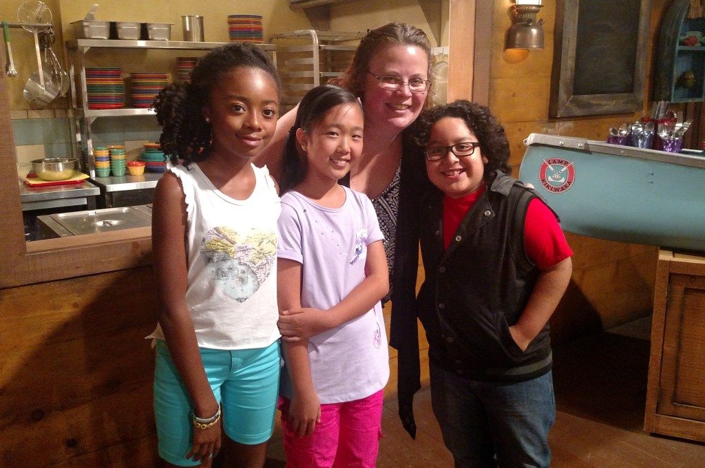 Rural Mom with cast of Bunkd