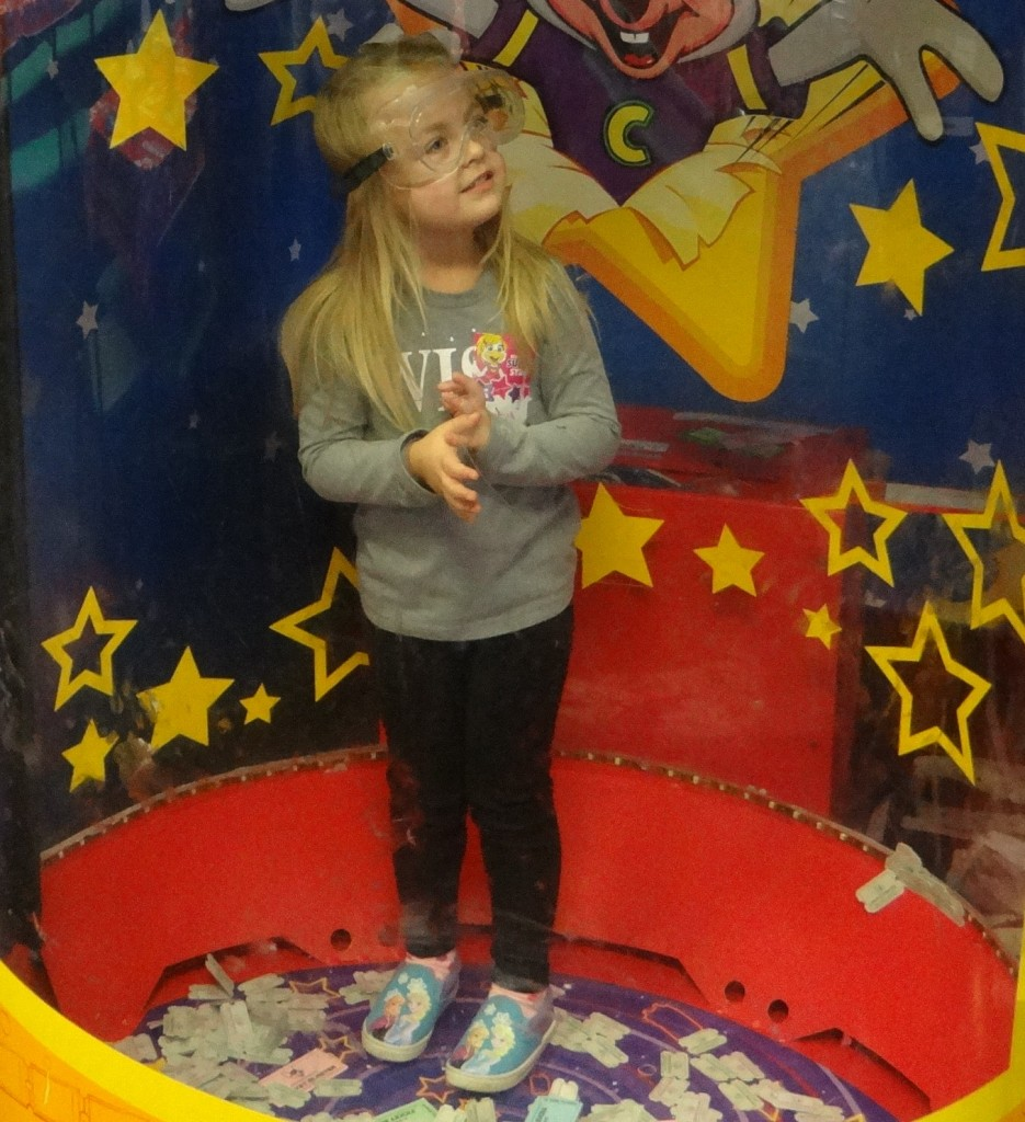 6 Reasons to Party Like It's Your Birthday at Chuck E. Cheese's!
