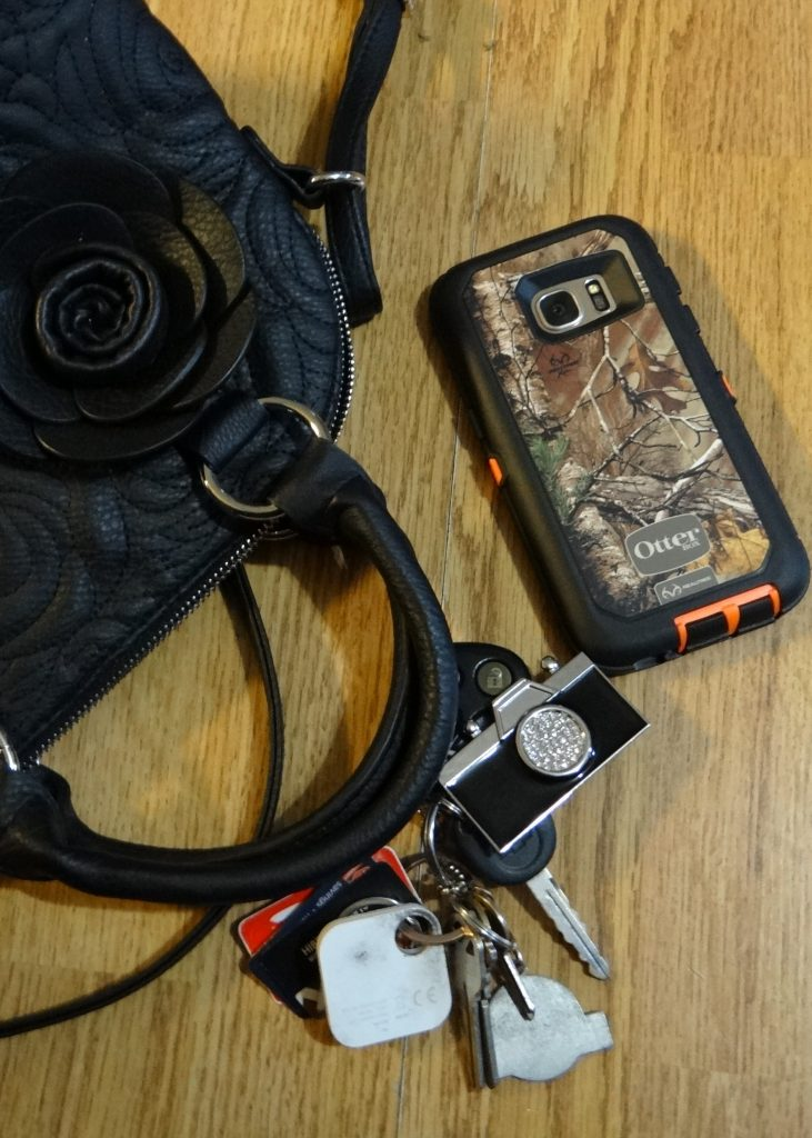 Demonstrating my Rural Mom style (and sensibility!) with Otterbox