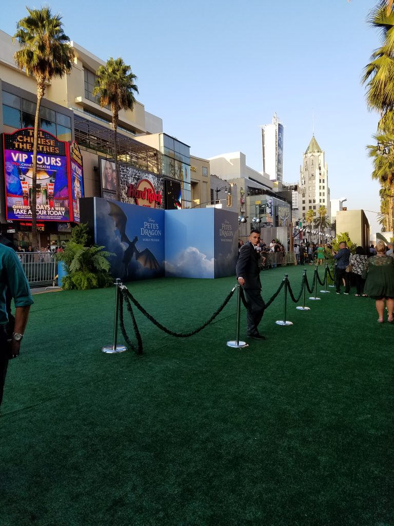 Walking the Green Carpet | Pete's Dragon World Premiere #PetesDragonEvent