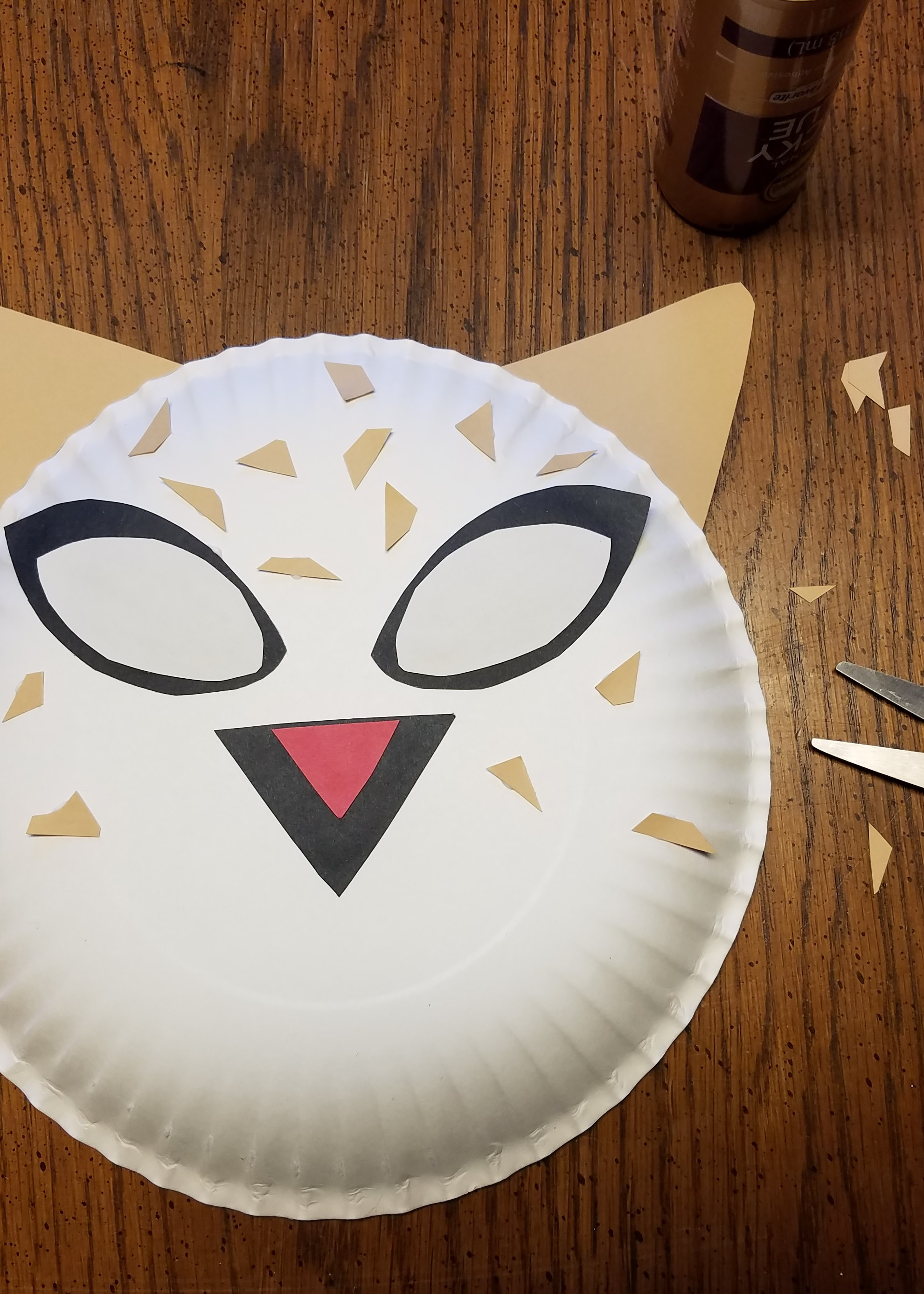 Once you have your basic design cut out the shapes desired from your color palette and begin to layer them on the plate. Donu0027t glue anything down until you ... & BORN IN CHINA Paper Plate Craft Rural Mom