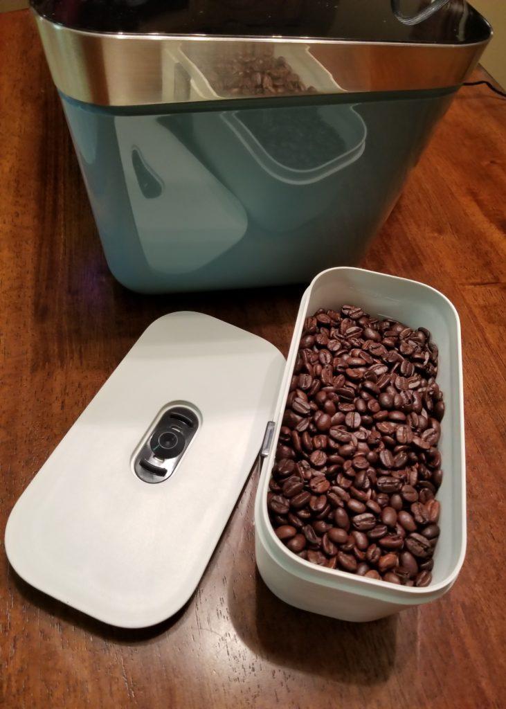 Rural Mom Kitchen: Vacuvita One Touch Storage System